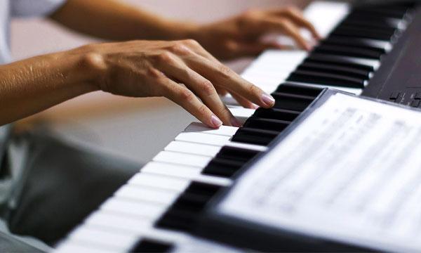 CORSO-TASTIERA-PIANOFORTE